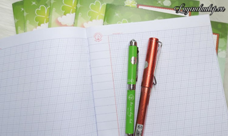 Cách dạy bé luyện chữ viết nghiêng đơn giản