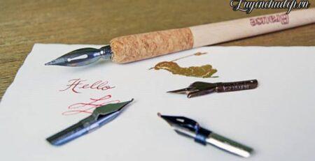 Cách cầm bút luyện viết Calligraphy