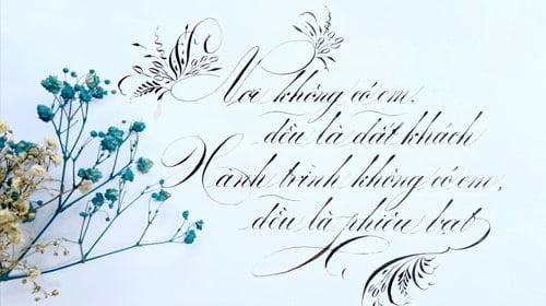 Luyện chữ hoa sáng tạo