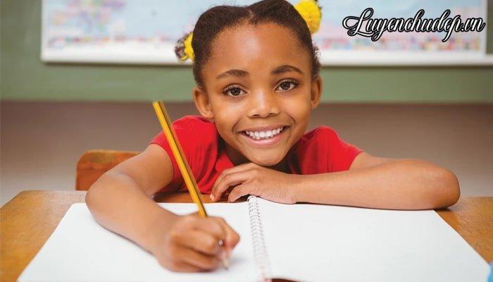 Bút luyện chữ đẹp cho bé mầm non, lớp 1